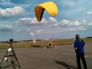 Ultraleicht-Gleitschirmflieger in Gera